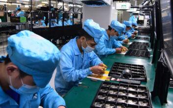 Κορονοϊός Κίνα: Τα εργοστάσια ανοίγουν ξανά μετά την καραντίνα… για να απολύσουν τους εργάτες
