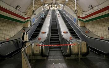 Έκτακτα μέτρα για τον κορονοϊό και στο Λονδίνο: Κλείνουν παμπ, εστιατόρια και κινηματογράφοι