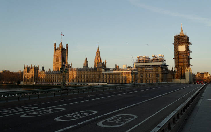 Κορονοϊός: Τουλάχιστον μέχρι τις 7 Μαΐου θα παραταθούν τα μέτρα στη Βρετανία