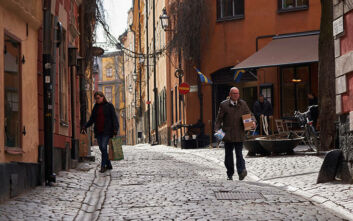 Κορονοϊός στη Σουηδία: Αριθμός-ρεκόρ εργαζομένων έλαβε ειδοποίηση για... απόλυση