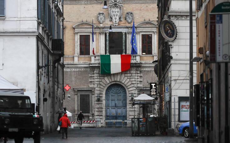 Αύξηση των κρουσμάτων κορονοϊού στην Ιταλία και μείωση αριθμού των νεκρών