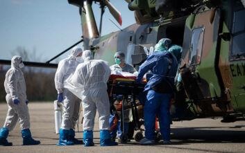 Κορονοϊός στη Γαλλία: Στα όρια του το σύστημα Υγείας - Στρατιωτικά ελικόπτερα μεταφέρουν στο εξωτερικό ασθενείς