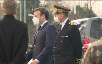 Γαλλία - Κορονοϊός: Ο Μακρόν κινητοποιεί τις ένοπλες δυνάμεις