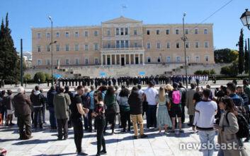 Κατερίνα Σακελλαροπούλου: Εικόνες από την κατάθεση στεφάνου στο Μνημείο του Αγνώστου Στρατιώτη