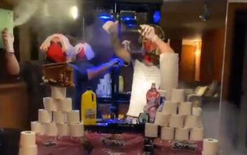 Πάρτι... κορονοϊού στην καραντίνα ο Ερνάντες της Μίλαν: Μουσική, μάσκες, γάντια και χαρτιά υγείας