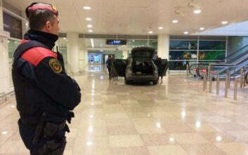 Εισβολή με αυτοκίνητο στο αεροδρόμιο της Βαρκελώνης: Δεν υπήρξε κανένας τραυματισμός