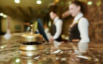 Οριζόντια μέτρα στήριξης για τις οικονομικές απώλειες λόγω κορονοϊού ζητούν οι ξενοδόχοι