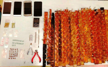 Συλλήψεις για διακίνηση ναρκωτικών έξω από το Οικονομικό Πανεπιστήμιο Αθηνών
