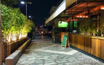 Φωτορεπορτάζ από τη νυχτερινή Αθήνα στη σκιά του κορονοϊού