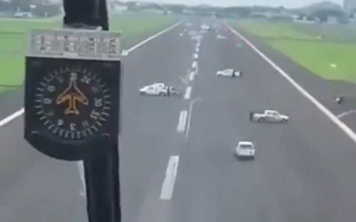 Κορονοϊός: Μπλόκαραν με φορτηγά διάδρομο προσγείωσης στον Ισημερινό, αεροσκάφος θα παραλάμβανε 190 Ευρωπαίους