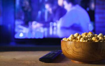 Πώς να δεις πανεύκολα και διασκεδαστικά μια ταινία με τους φίλους σου