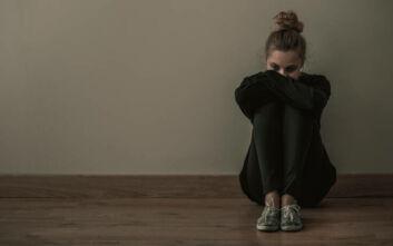 Κορονοϊός και ψυχολογία: Θυμός, σύγχυση και μετατραυματικό στρες στην εποχή της πανδημίας