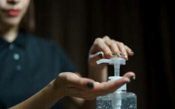 Θεσσαλονίκη: Έφτιαξαν σπρέι χεριών που αδρανοποιεί τον κορονοϊό με τη χρήση νανοτεχνολογίας