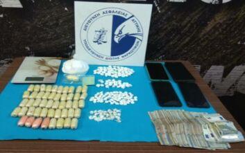 Χειροπέδες σε ζευγάρι στην Αργυρούπολη για διακίνηση κοκαΐνης