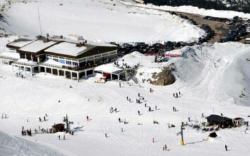 Τραγικό δυστύχημα στο χιονοδρομικό του Παρνασσού, 53χρονος καταπλακώθηκε από διαστρωτικό όχημα