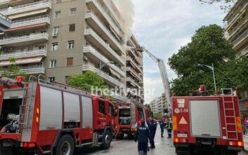 Νεκρός 86χρονος σε φωτιά διαμερίσματος στην ανατολική Θεσσαλονίκη