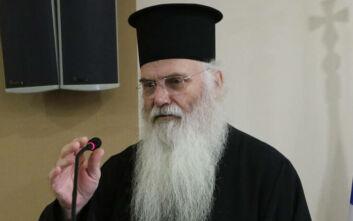 Αιχμηρή επιστολή του μητροπολίτη Μεσογαίας: Μόνο ο Χότζα έχει απαγορεύσει τη θεία λατρεία, ούτε το σοβιετικό καθεστώς δεν το έκανε