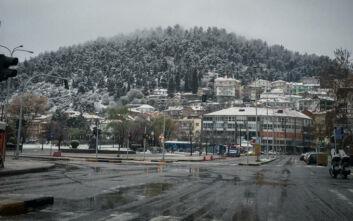 Καιρός: Στα λευκά η Βόρεια Ελλάδα - Τσουχτερό κρύο και θερμοκρασίες υπό το μηδέν