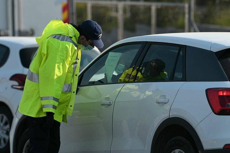 Απαγόρευση κυκλοφορίας: 81 παραβάσεις για μετακινήσεις εκτός τόπου κατοικίας – Αφαιρέθηκαν πινακίδες σε 56 οχήματα