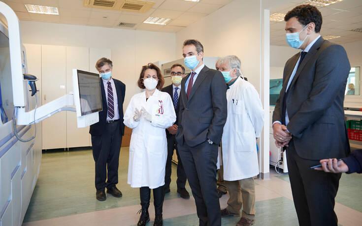 Συγχαρητήρια Μητσοτάκη στο Εθνικό Κέντρο Αιμοδοσίας: Κάνατε μέσα σε μέρες αυτά που θα χρειαζόμασταν μήνες να κάνουμε