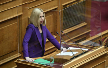 Γεννηματά: Όχι στα μπαλώματα της κυβέρνησης για τη Παιδεία και στους καταστροφικούς νόμους του ΣΥΡΙΖΑ