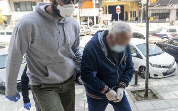Θεσσαλονίκη: Μετανιωμένος δήλωσε ο 63χρονος που σκότωσε τον γιο του - Τι δήλωσαν οι μάρτυρες