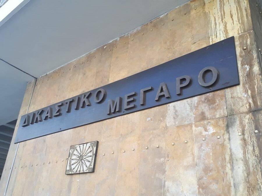 Θεσσαλονίκη: Προθεσμία να απολογηθεί πήρε ο 45χρονος που κατηγορείται ότι έκαψε τον πατέρα του