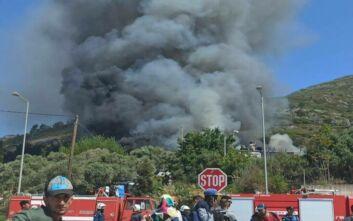 Σάμος: Νέα φωτιά και πετροπόλεμος στο Κέντρο Υποδοχής και Ταυτοποίησης