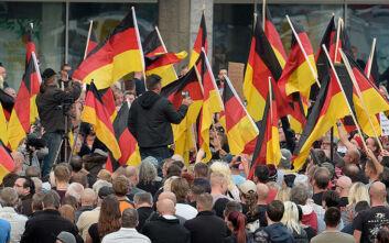 Γερμανία: «Οι ακροδεξιοί εργαλειοποιούν τον κορονοϊό για να υπονομεύσουν την κυβέρνηση»