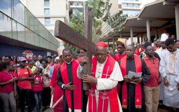 Κορονοϊός: Ιερέας στην Κένυα κατηγορείται για διάδοση του ιού - Δεν τήρησε την καραντίνα