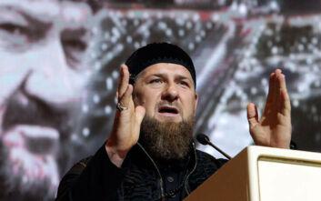 Ο πρόεδρος της Τσετσενίας απείλησε να σκοτώσει δημοσιογράφο για άρθρο της για τον κορονοϊό