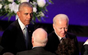 Ο Ομπάμα ανακοίνωσε πως στηρίζει τον Μπάιντεν