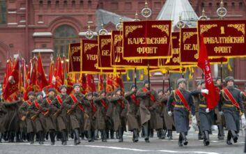 Ο κορονοϊός… νίκησε και την «Ημέρα της Νίκης» στη Μόσχα