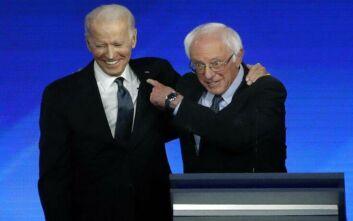 Ο Σάντερς στηρίζει Μπάιντεν για να νικήσει «τον πιο επικίνδυνο πρόεδρο στην ιστορία των ΗΠΑ»
