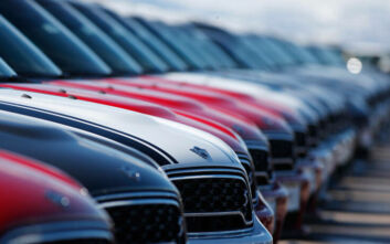 Τεράστια μείωση 95,4% κατέγραψε η παραγωγή αυτοκινήτων τον Μάιο στη Μεγάλη Βρετανία