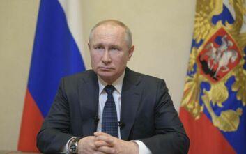 Πούτιν: Οι ειδικοί εκτιμούν ότι πέρασε η κορύφωση της πανδημίας στη χώρα