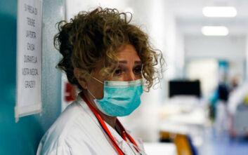 Κορονοϊός στην Ιταλία: Στους 13.155 οι θάνατοι - Ένα ρομπότ πολύτιμος βοηθός των γιατρών