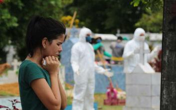 Κορονοϊός: Νέοι θάνατοι και αύξηση κρουσμάτων σε πολλές χώρες του κόσμου