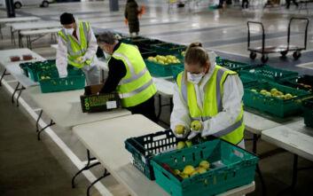 Ο κορονοϊός χτυπά τις βρετανικές εταιρείες: Περίπου οι μισές θα θέσουν σε διαθεσιμότητα άνω του 50% των εργαζόμενων