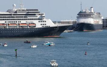 Έπιασε λιμάνι το κρουαζιερόπλοιο Zaandam με πληγέντες από τον κορονοϊό