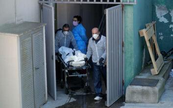 Κορονοϊός στην Ισπανία: Μέσα στη νύχτα πέθαναν 743 άνθρωποι - Στους 13.798 οι νεκροί