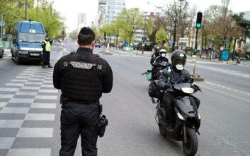 Κορονοϊός: Αστυνομικοί σε εθνικές οδούς και σταθμούς τρένων για να μην σπάσουν οι Γάλλοι την καραντίνα