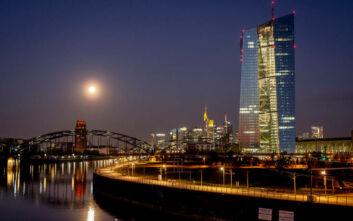 «Φωνές» από τη Γερμανία τονίζουν την ανάγκη έκδοσης κορονο-ομολόγου