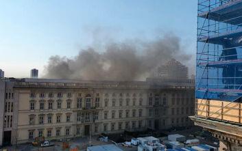 Υπό έλεγχο η φωτιά στο εργοτάξιο ανακατασκευής του Ανακτόρου του Βερολίνου