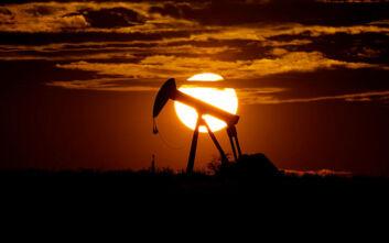 Πετρέλαιο: Νέα δραματική πτώση του αμερικανικού αργού - Υποχώρησε 14% στην ασιατική αγορά