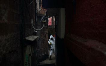 Δύσκολες ώρες στη Βραζιλία όπου οι ημερήσιοι θάνατοι ξεπέρασαν ακόμα και αυτούς στις ΗΠΑ