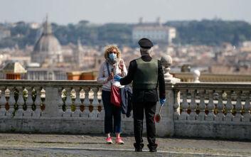 Κορονοϊός: Πρόστιμο 400 ευρώ σε 60χρονη στη Ρώμη επειδή έβγαλε βόλτα τη... χελώνα της