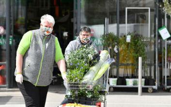 Κορονοϊός Αυστρία: Χαλαρώνουν τα μέτρα, ανοίγουν εκκλησίες και εστιατόρια στις 15 Μαΐου