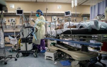 Τρομάζουν τα νούμερα του κορονοϊού στις ΗΠΑ: 1.225 νεκροί και πάνω από 76.500 κρούσματα σε 24 ώρες