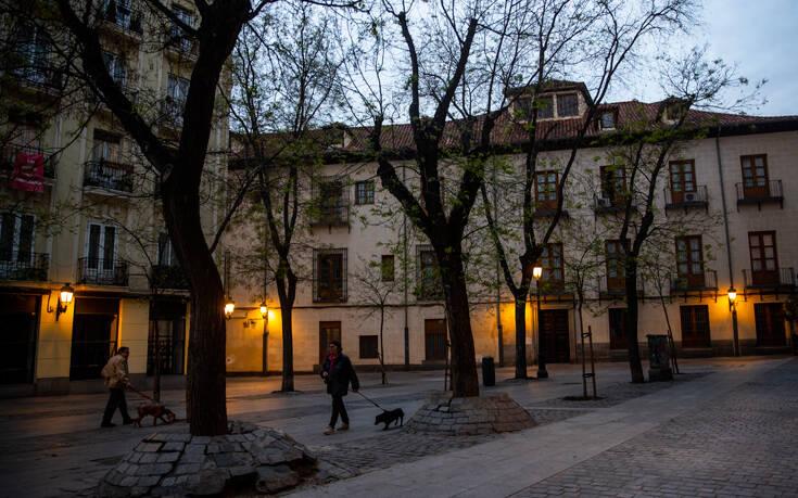 Κορονοϊός Ισπανία: Ξεπέρασαν τις 22.000 οι νεκροί